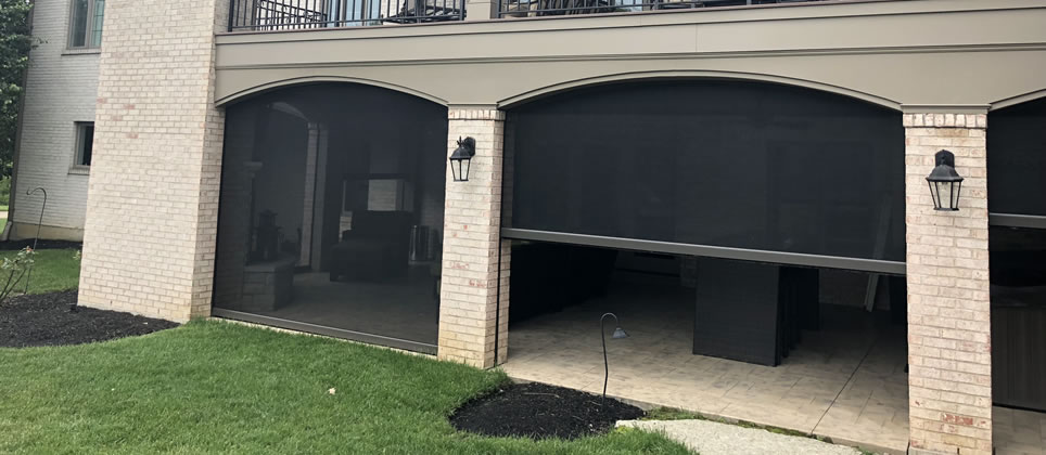 Motorized retractable screens Indianapolis Indiana
